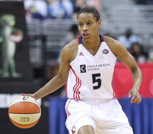 Small pic jasmine thomas wnba