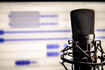 Small pic podcasting