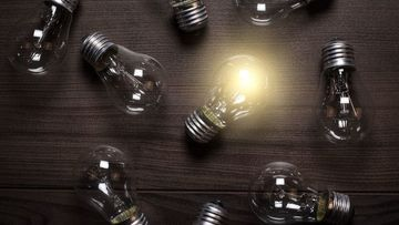 Small pic lightbulb idea bright ss 1920 800x450