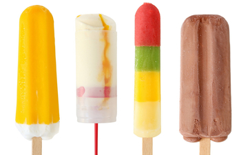Small pic food cakes and sweet ice cream on a stick 027146