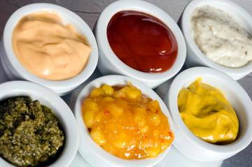 Small pic condiments  3